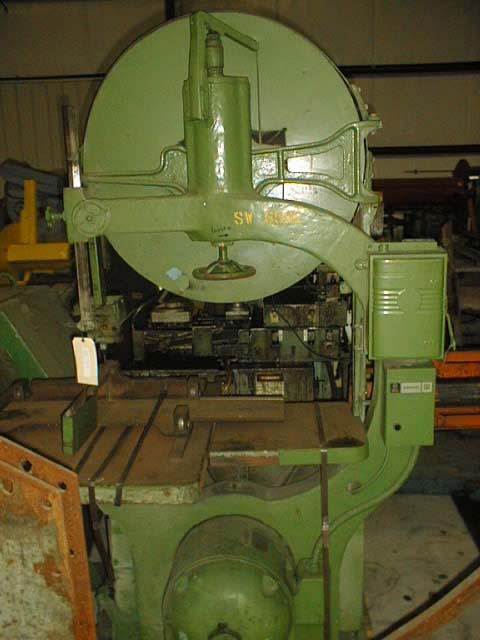 36 MOAK Vertical Band Saw, 31 x 38 Tilting Table, 10 Vert Clearance, 5 HP