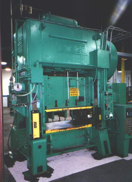 100 Ton VERSON SSDC Press, 4 Str, 16 SH, 54 x 36 Bed, 45 to 90 SPM