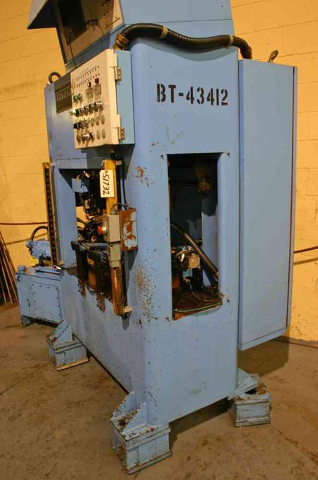 KOKUSAI MODEL ASC-20S22 HYDRAULIC SHAFT STRAIGHTENING PRESS