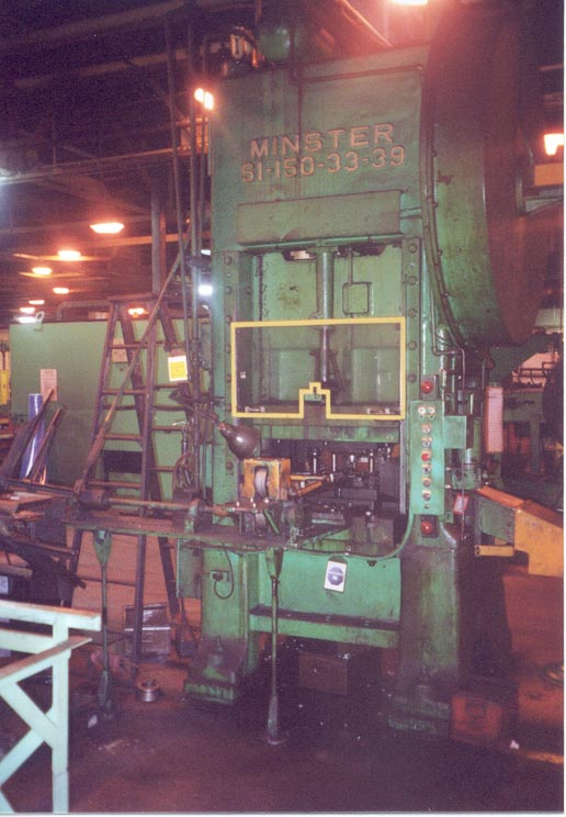 150 Ton MINSTER SSSC Press, 4 Str, 20 SH, 33 x 39 Bed, 50 SPM