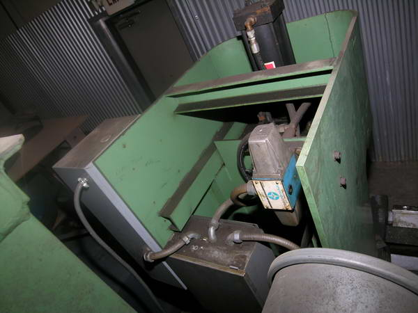 8 Ton H D LUTHER HYDRAULIC PRESS, 12 Str, 22-1/2 x 14-1/2 Bed, 9 Thr, 10 HP