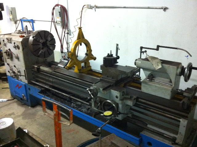 25.5 /30 /16.5 x 80 cc GIANA Gap Bed Engine Lathe, 4 to 1280 RPM, 15 HP