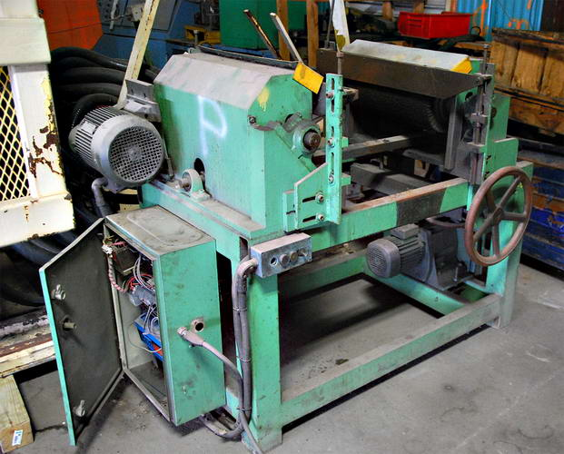 #8 BURRMASTER Brush Deburring Machine, 2-1/2 x 24 Cap, 3500 PPH, (2) 5.5 kW