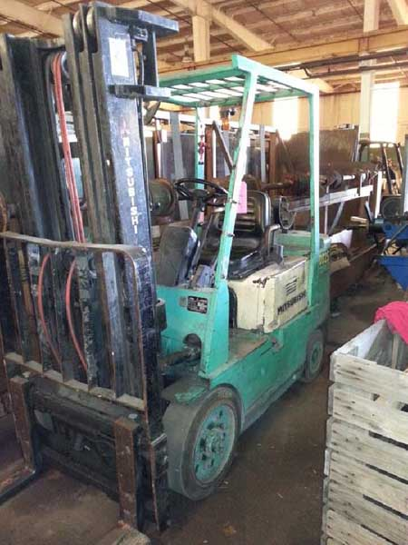 5000 Lb MITSUBISHI MODEL FGC25 LP FORK LIFT,