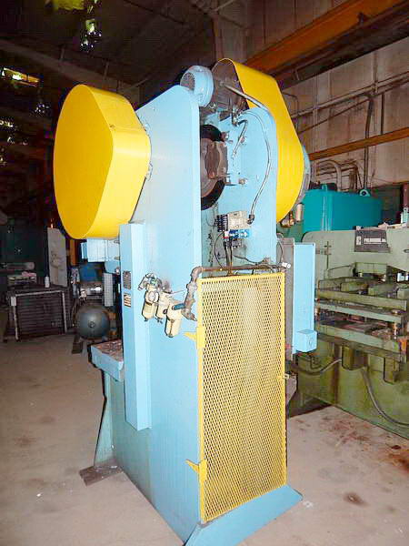 55 Ton HEIM 5 GA-BG Gap Frame Press, 6 Str, 15-1/2 SH, 4 Adj, 28 x 18 Bed