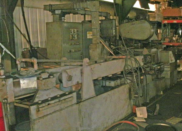 NEW BRITIAN MODEL 40SH SLIDING HEAD SINGLE END FRICTION WELDER, 1977,
