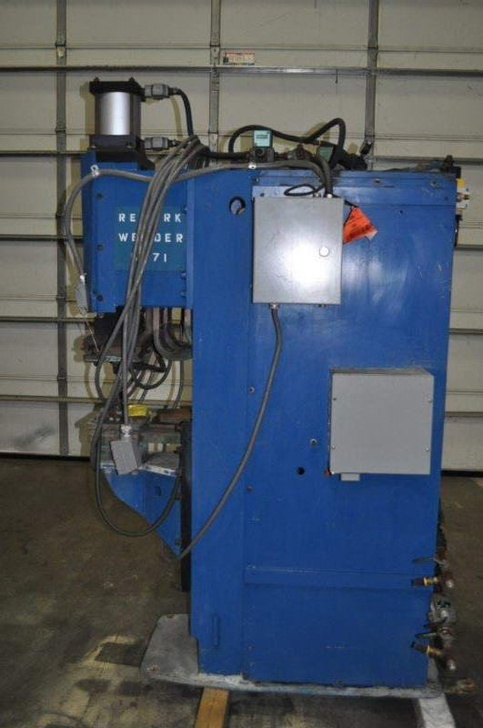 150 KVA MCCREERY Pedastal Welder, 12 Thr, Adj Ht Lower Platen, Projection Type