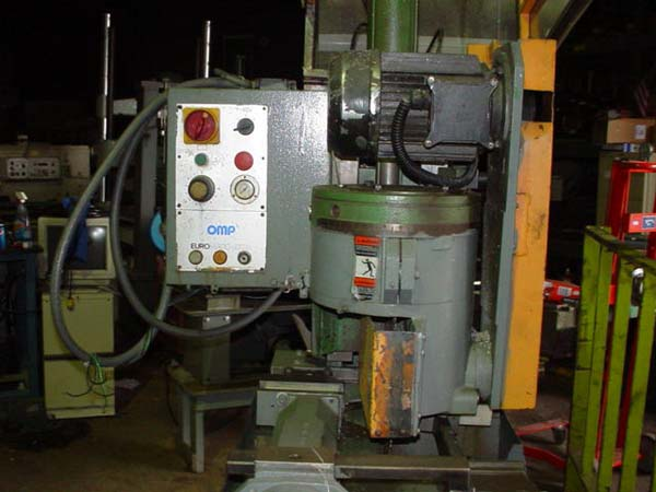 DAKE MODEL 370S SEMI-AUTOMATIC NON-FERROUS COLD SAW, 1997,