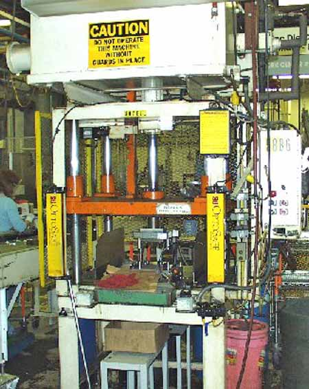 15 Ton METAL MECHANICS HYDRAULIC PRESS, 18 Str, 30 DLO, 30 x 1995,