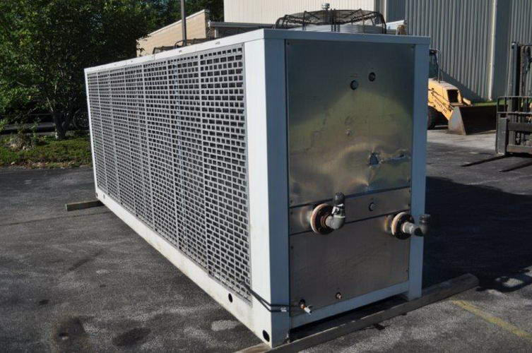 40 Ton MOTIVAIR Chiller, 395.9 BTU, 130 Gallon Tank, Air Cooled, 8 HP