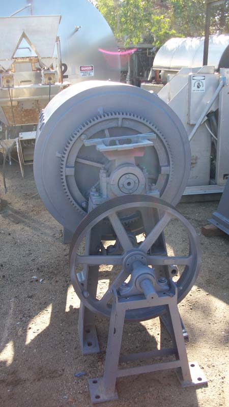 32 Dia x 36 PAUL O'ABBE BALL MILL, 7-1/2 HP,