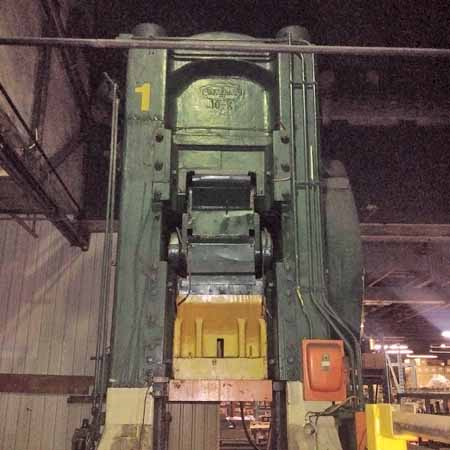 1000 Ton CLEVELAND MODEL 10K KNUCKLE JOINT PRESS