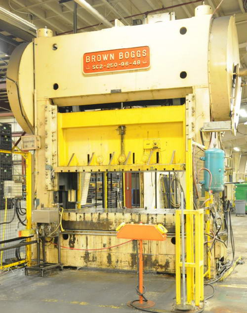 250 Ton BROWN BOGGS Straight Side Press, 8 Str, 32.5 SH, 96 x 48 Bed