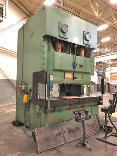 275 Ton AIDA MODEL NC2-250 DOUBLE CRANK GAP PRESS, 1988,