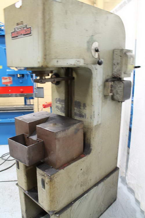 10 Ton DENISON Hydraulic Press, 15 Str, 24 Dylt, 21 x 16 Bed, 7-1/2 HP