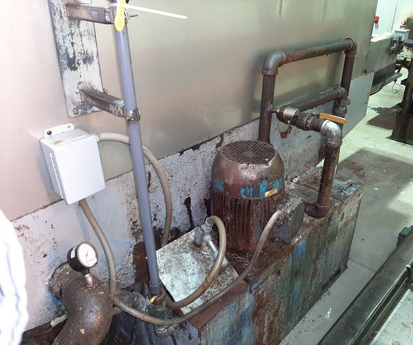 15.5 W x 18 H MIDBROOK Belt Washer, Hot Wash/Regen Blow-Off, Rebuilt 2005
